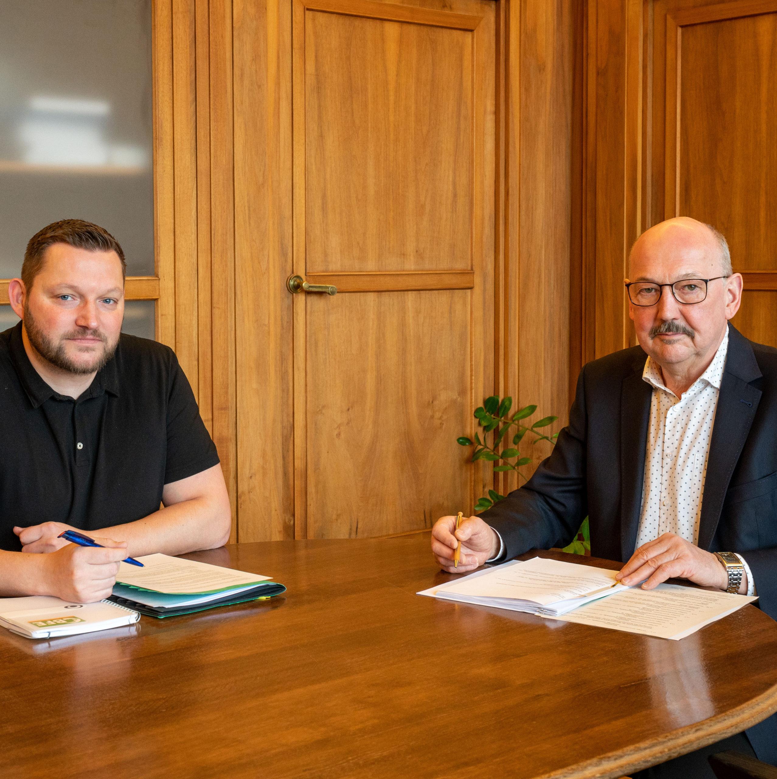 Besprechung als erster politischer Ansprechpartner mit Bürgermeister Friedhelm Boginski während der Pandemie. Foto: Uli Wessollek